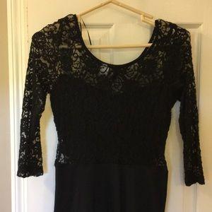 Black dress stretchy sheer back & 3/4 sleeves